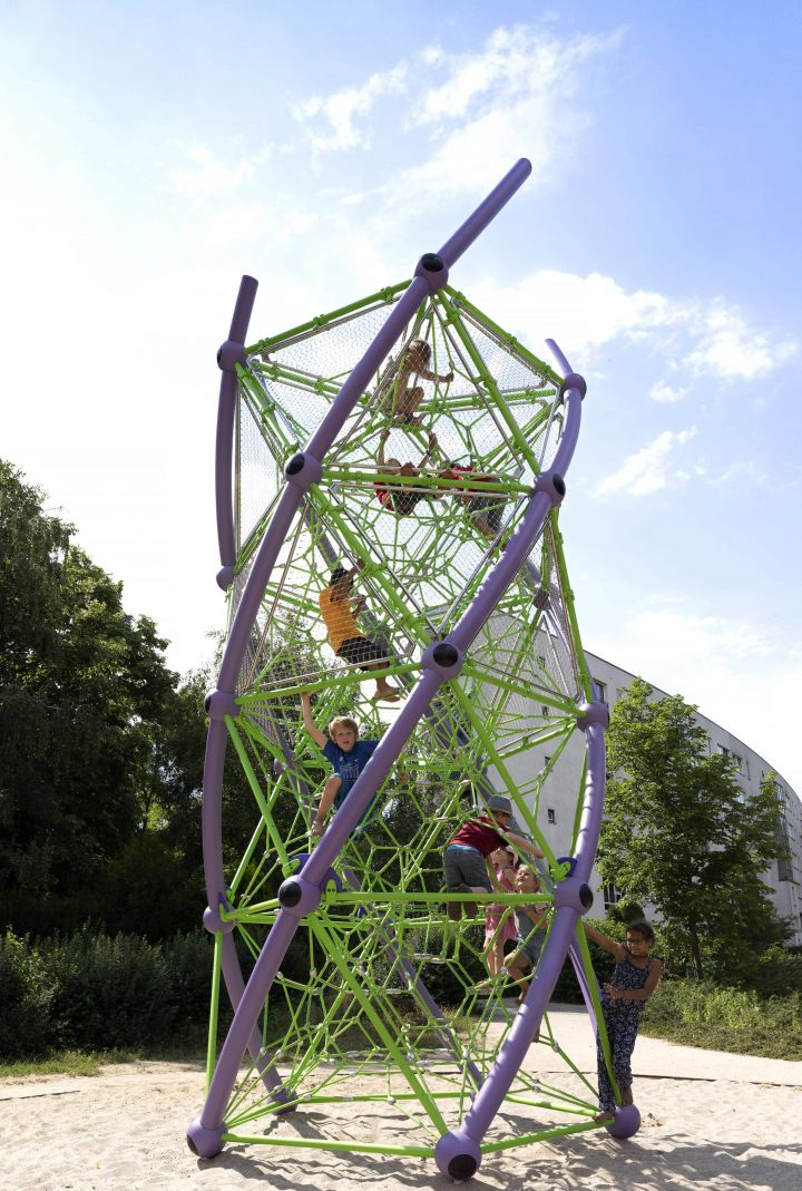 Image of DNA Tower L.04