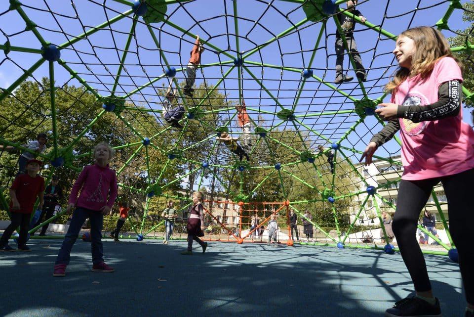 Bolzplatz - Berliner Seilfabrik – Spielgeräte fürs Leben