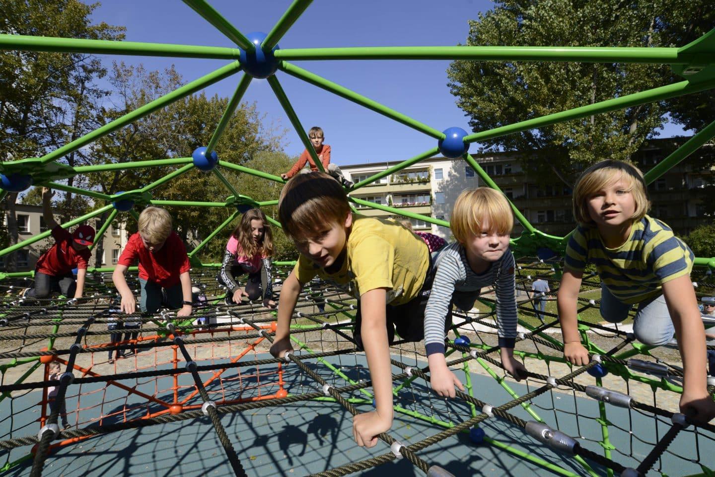 Planar net, football pitch, Berliner Seilfabrik - Play equipment for life