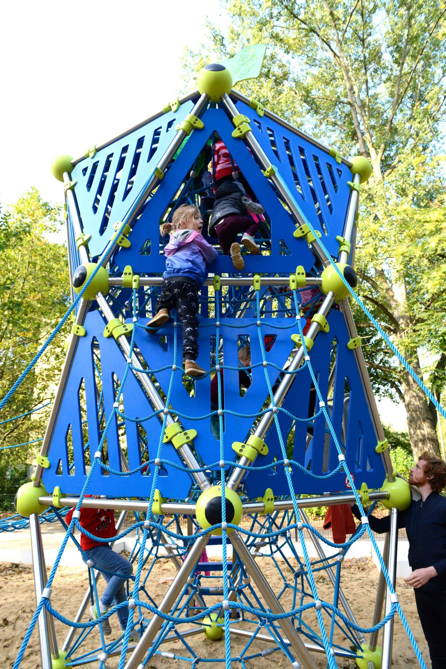 Climbing tower - Berliner Seilfabrik - Play equipment for life