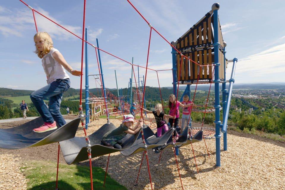 Climbing bridge - Berliner Seilfabrik - Play equipment for life