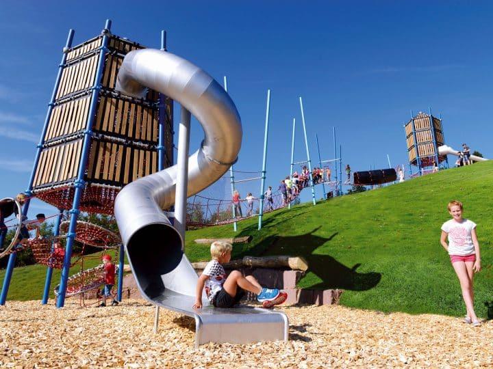 Climbing tower - Berliner Seilfabrik - Play equipment for life