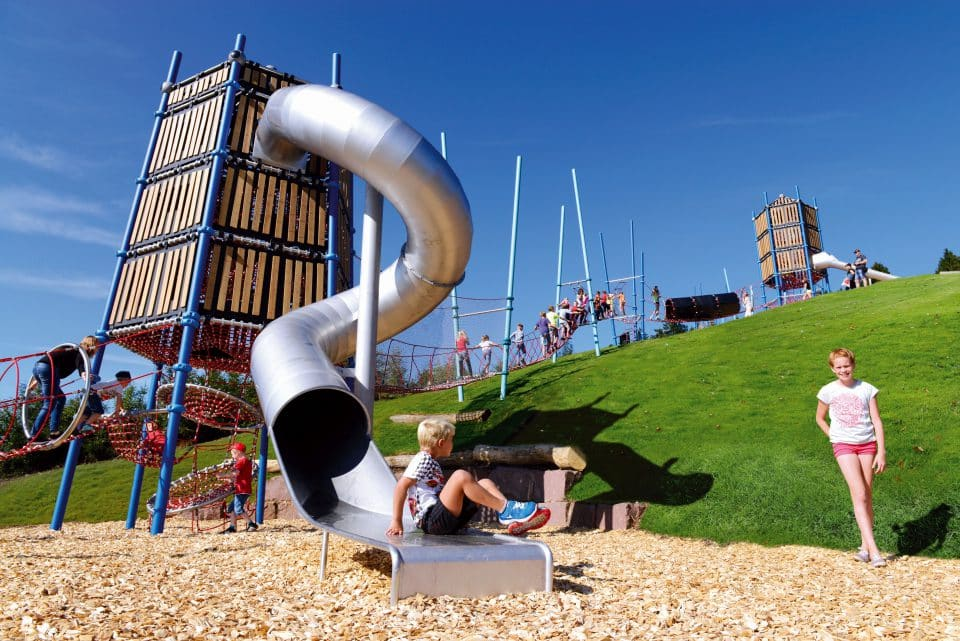 Towers - Berliner Seilfabrik - Play equipment for life