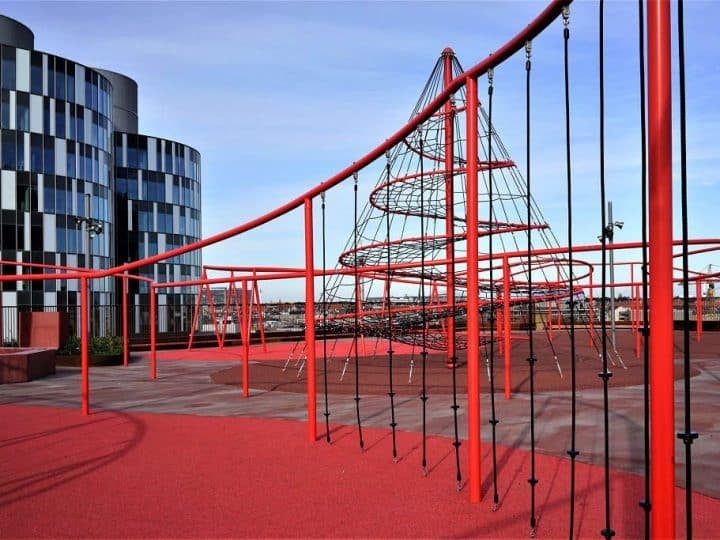 Rooftop playground - Berliner Seilfabrik - Play equipment for life
